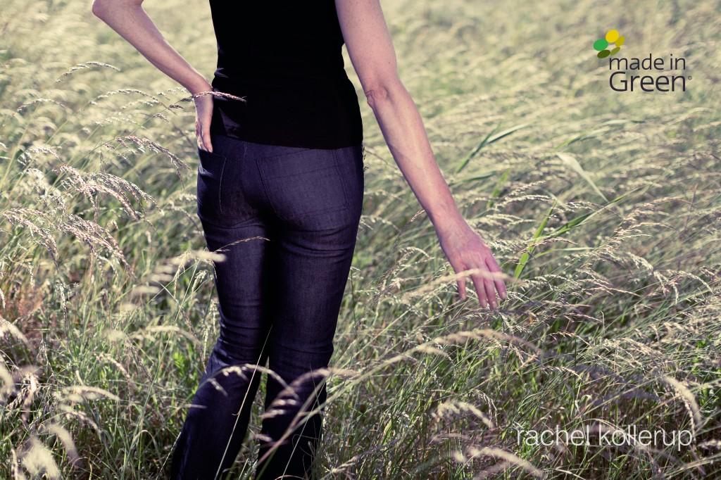 Jeans af Tencel(R) fra rachel kollerup. Made in Green certificeret. Foto: Martin Håkan / CoverGanda.dk